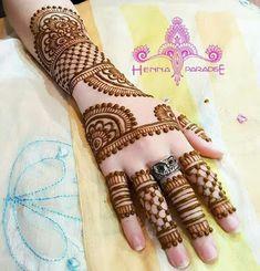 90 Gorgeous Indian mehndi designs for hands this wedding season Back Hand Mehndi Designs, Latest Bridal Mehndi Designs, Full Hand Mehndi Designs, Mehndi Designs For Beginners, Mehndi Design Photos, Mehndi Designs For Fingers, Dulhan Mehndi Designs, Latest Mehndi Designs, Simple Mehndi Designs