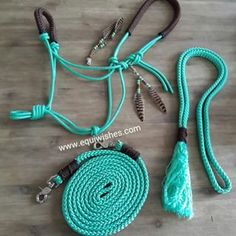 Turquoise Touwhalster set