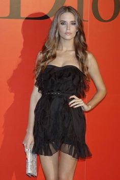 Clara Alonso Hair, Red Hair Woman, Supermodels, Fashion Models, Beautiful, Formal Dresses, Stylish, Celebrities, Lady