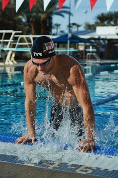 We want to know: Did you crush your Sunday swim? Triathlon Gear, Triathlon Clothing, Action Pose Reference, Action Poses, Male Swimmers, Swimming Pictures, Swimming Photography, Waterpolo, Swimming World