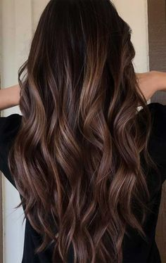 60 Hairstyles Featuring Dark Brown Hair with Highlights Subtle Shine-Boosting Brunette Highlights Hair Color Ideas For Brunettes Balayage, Brown Hair Balayage, Balayage Brunette, Hair Color Balayage, Brunette Highlights, Blonde Hair, Pink Hair, Wavy Hair, Medium Brunette Hair