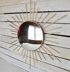 Sunburst Vintage met Bolle Spiegel en Stralen door SecretsOfThePast