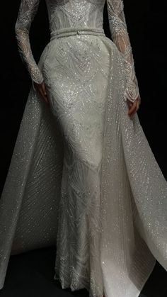 Sparkly Wedding Gowns, Classy Wedding Dress, Wedding Dress Bustle, Couture Wedding Gowns, Hijabi Wedding, Hijab Wedding Dresses, Bridal Dresses, Bridesmaid Dresses, Glamorous Evening Gowns