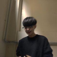 Korean Boys Ulzzang, Cute Korean Boys, Ulzzang Boy, Asian Boys, Beautiful Boys, Pretty Boys, Cute Girls, Cute Boys Images, Boy Images