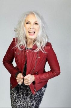Valerie Pain-love the silver hair with red jacket. Mode Ab 50, Silver Grey Hair, Beautiful Old Woman, Aged To Perfection, Advanced Style, Ageless Beauty, Going Gray, Celebrity Outfits, Style And Grace