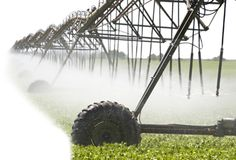 water-ag-featured http://www.pacinst.org/issues/water-food-and-agriculture/water-and-agriculture/