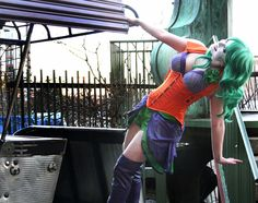 This genderbent take on Gotham's most criminally insane is courtesy of cosplayer Desiree. She crafted a fantastic female version costume of The Joker that Female Joker Cosplay, Harley Quinn Cosplay, Joker And Harley Quinn, Joker Costume, Cosplay Costumes, Halloween Costumes, Halloween 2016, Cosplay Ideas, Halloween Ideas