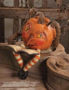 Bethany Lowe Halloween Pumpkin Pranks by Becky Peterson Halloween Doll, Halloween Items, Halloween House, Holidays Halloween, Vintage Halloween, Halloween Pumpkins, Halloween Crafts, Happy Halloween, Halloween Decorations