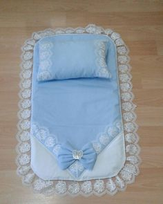 Diy Crafts - alt- admin 9 Eylül 2019 Baby Quilts Leave a comment Views Baby Knitting, Crochet Baby, Pram Sets, Motifs Perler, Baby Carrying, Baby Sheets, Baby Dress Design, Baby Sewing Projects, Baby Prams
