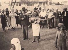 Street Gypsy musicians