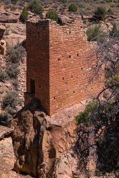 Hovenweep National Monument is located on land in southwestern Colorado and southeastern Utah, between Cortez, Colorado and Blanding, Utah on the Cajon Mesa of the Great Sage Plain.