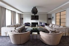 Be Inspired By 8 Residential Projects By Ash Design - Covet Edition Top Interior Designers, Interior Design Studio, Luxury Interior Design, Interior Architecture, Sofa Design, Furniture Design, Chic Living Room, Living Room Inspiration, Apartment Design