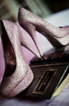 Sparkly Wedding Shoes - Weddbook