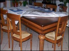 Avec les chaises assorties cela fait un superbe meuble