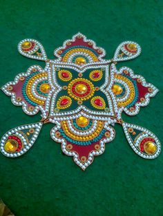 Diwali Craft, Diwali Rangoli, Clay Crafts, Diy And Crafts, Acrylic Rangoli, Indian Rangoli Designs, Diwali Decorations At Home, Shiva Lord Wallpapers, Baby Krishna