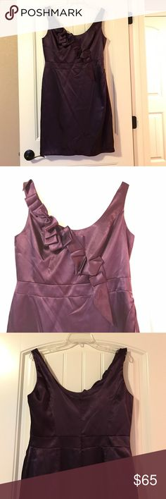 """Davids bridal plum bridesmaid dress. Size size 12 Satin plum dress with geometric front design. Skirt is 21"""" from bottom of waist band. No alterations have been made to dress. David's Bridal Dresses Wedding"""