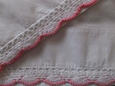 PAIR VINTAGE CANNON MUSLIN 100% COTTON HAND CROCHET PINK WHITE LACE PILLOWCASES
