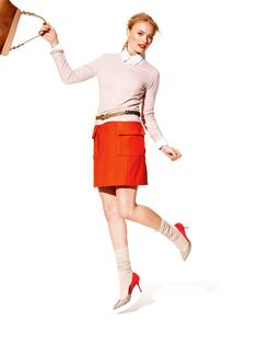 Love the top with the skinny belt, nice look for a lady with curves who wants to show them off. Skirt Patterns Sewing, Blouse Patterns, Skirt Sewing, Audrey Hepburn, A Line Skirts, Mini Skirts, Burda Style Magazine, Midi Wrap Skirt, How To Make Clothes