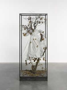 Find the latest shows, biography, and artworks for sale by Anselm Kiefer. Anselm Kiefer critically engages with myth and memory, referencing totems of German… Anselm Kiefer, Royal Academy Of Arts, Art Academy, Painting On Photographs, Paintings, Statues, Fort Worth Museum, Picnic At Hanging Rock, Kunst Online