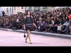Показ мод Шанель - Весна-Лето 2015 / Chanel Spring Summer 2015 Full Fashion Show Exclusive - YouTube
