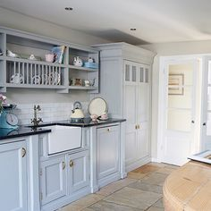 Open kitchen cabinets | Kitchen ideas that work for modern families | Kitchen | PHOTO GALLERY | Country Homes and Interiors | Housetohome.co.uk