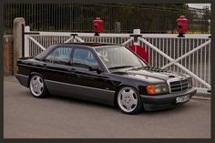 w201 Mercedes Benz 190e, Ride Or Die, Cute Cars, Dream Garage, Car Pictures, Cars And Motorcycles, Classic Cars, Wheels, Dreams