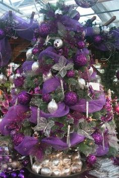 Purple Christmas Tree Decorations are certainly one inseparable perhaps the Christmas holidays, without which Christmas would lose its color, spirit, . Purple Christmas Tree Decorations, Christmas Colors, Xmas Tree, Christmas Holidays, Christmas Photos, Silver Christmas, Elegant Christmas, Beautiful Christmas, Christmas Mantels