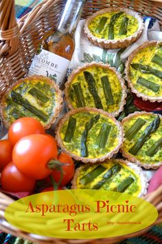 Asparagus Picnic Tarts with a Pesto Surprise. Wholemeal spelt pastry cases filled with deliciousness make for a perfect picnic treat. Veggie Recipes Healthy, Healthy Breakfast Recipes, Brunch Recipes, Vegetarian Recipes, Picnic Recipes, Brunch Ideas, Eating Healthy, Asparagus Tart, Asparagus Recipe