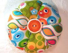 Alfiletero, modernos estampados geométricos en colores cítricos y tomate…