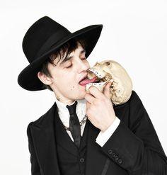 Dean Chalkley- Pete Doherty of Babyshambles Pete Doherty, Carl Barat, Nirvana Songs, Jarvis Cocker, Paul Simonon, Don Mclean, Rock And Roll Fashion, Paul Weller, Music Photographer