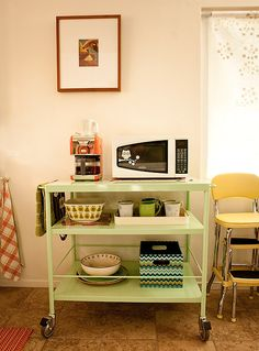 "I took a simple, inexpensive (iKea) cart and had it ""powder coated"" a pretty green.Powder coating is a special process for metal, it is durable, scratch resident and looks amazing. Learn more on today's Piewacket today. Kitchen Dinning, Kitchen Decor, Kitchen Ideas, Dining Rooms, Kitchen Utility Cart, Kitchen Carts, Kitchen Gadgets, Kitchen Island, Ikea Cart"