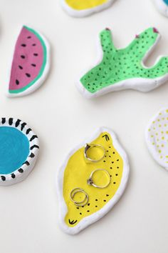 Jewellery Trays and A Bright and Colorful Summer Craft Party via Luloveshandmade… Arts And Crafts Storage, Arts And Crafts For Teens, Art And Craft Videos, Arts And Crafts Furniture, Arts And Crafts House, Easy Arts And Crafts, Summer Crafts For Kids, Arts And Crafts Projects, Clay Crafts For Kids