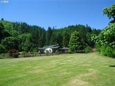 35240 MCKENZIE VIEW DR, Springfield, OR 97478 - Listing #: 13633370