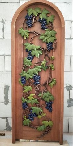 Door with Grape and Vine Hand Carved Diy Crafts Store, Cactus Centerpiece, Diy Plaster, Montreal Botanical Garden, Plastic Bottle Crafts, Wood Carving Patterns, Tree Wall Art, Wine Cellar, Garden Ornaments