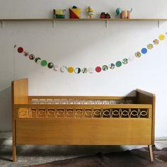 lit bb vintage en rotin annes 60 baos concept store