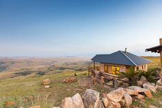 Ever wanted to get so far away that nobody can find you? We scoured the country for these gorgeous mountain cabins that guarantee ultimate solitude, serenity and sublime beauty. Plus, they're all near great hiking trails too. Places To Travel, Places To Visit, Cabin Fever, Far Away, Hiking Trails, Serenity, South Africa, World, House Styles