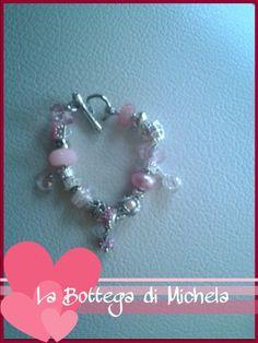 Bracciale con perle pandora nei toni del rosa