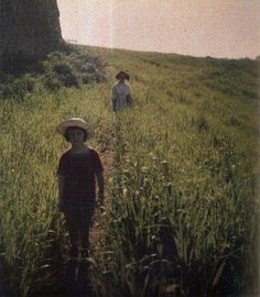 vintage everyday: 30 Stunning Color Photographs Taken by a Russian Writer From the Early 1910s That Look As Though They Were Snapped Yesterday