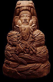 Quetzalkoatl era un Dios de la Cultura Maya y Azteca , también conocido por los nombres Kukulkan y Gucumaz.