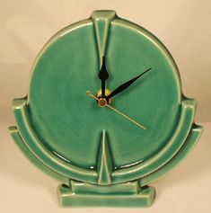 Echo of Deco Scientist Mantle Clock from Just Art Pottery Old Clocks, Antique Clocks, Vintage Clocks, Alarm Clocks, Vintage Art, Art Nouveau, Art Deco Furniture, Plywood Furniture, Vintage Pottery