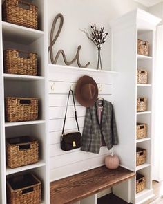 23 Trends Desing Home Logo - Room Dekor 2021 Home Renovation, Home Remodeling, Mudroom Laundry Room, Bench Mudroom, Entryway Decor, Entryway Storage, Entryway Bench, Small Apartment Entryway, Entrance Hall Decor