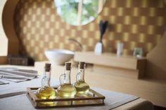 Free Image on Pixabay - Massage, Spa, Health, Oil, Hotel Massage Spa, Massage Therapy, Castor Oil Packs, Best Cooking Oil, Healthy Cooking, Healthy Oils, Cooking 101, Healthy Hair, Healthy Eating