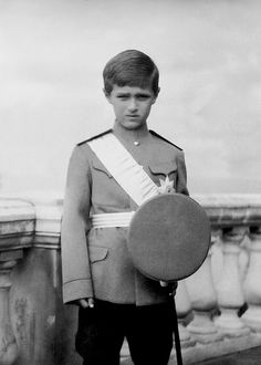 Alexei Romanov, youngest child of Tsar Nicholas ll and Tsarina Alexandra Feodorovna. Alexei was the heir to the Russian throne, but he never would've reached adulthood due to haemophilia, a mostly inherited genetic disorder that impairs the body's ability to make blood clots, a process needed to stop bleeding. He and one of his older sisters, Anastasia were really close, and she would always tell him jokes to make him forget his pain.