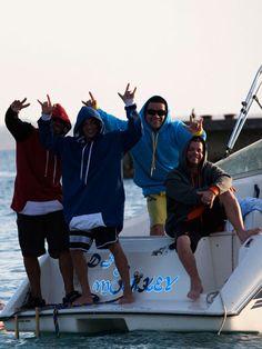 Happi Hoodz hits Puerto Rico . boating . swimming . hoodie . boys . fashion .