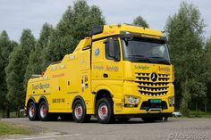 Mercedes-Benz Arocs  HESS :   Swiss Auto Club