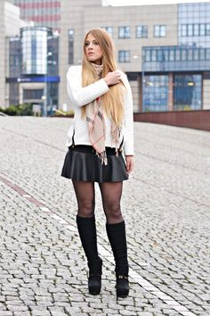LetMeLook: Thinking about this day White Mini Skirts, Girls In Mini Skirts, Leather Mini Skirts, Skirts With Boots, Tights And Boots, Sexy Boots, Skirt Fashion, Fashion Outfits, Womens Fashion