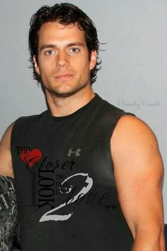 Henry Cavill during Superman workout Henry Caville, Love Henry, King Henry, Ideal Man, Perfect Man, Perfect Movie, Christian Grey, Ryan Gosling, Most Beautiful Man