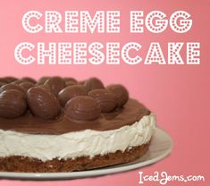 Creme Egg Cheesecake - this looks amazing, even if a million calories per slice! This is the BEST cheesecake you have ever tasted! Creme Egg Cheesecake, Cheesecake Recipes, Dessert Recipes, Pudding Recipes, Yummy Treats, Delicious Desserts, Sweet Treats, Yummy Food, Mini Eggs Cake