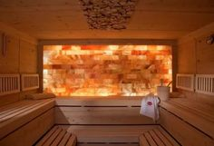 Saunas are now a favorite place for some people to relieve fatigue and fatigue after busy days. So, the weekend choice for them is a sauna to help them relax rather than just being and resting at home. Spa Design, House Design, Design Ideas, Saunas, Infared Sauna, Bio Sauna, Spa Bathroom Decor, Sauna Steam Room, Arquitetura