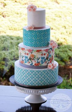 colourful cake,wonderful pattern mix